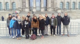 Bürgerdienst e.V. unterstützt Exkursion des Sozialkunde Leistungskurs 13 des Sankt Matthias Gymnasiums nach Berlin!