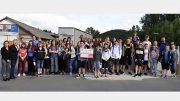 BÜRGERDIENST unterstützt die Ferienfreizeit des Haus der Jugend Daun. Gruppe der teilnehmenden Kinder und Jugendlichen mit Betreuern (links: Andrea Rätz-Schröder und Doris G. Lepper (BÜRGERDIENST e.V).